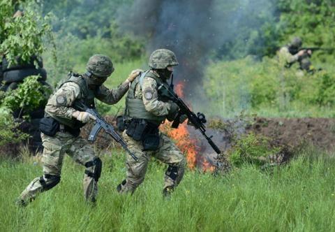 Binh sĩ Ukraine tại miền Đông Ukraine.