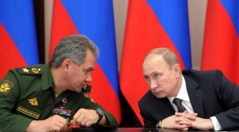 Tổng thống Putin không thay đổi nhân sự ở tầm hoạch định chiến lược, mà thay đổi ở tầm thực thi chính sách - một động thái nhằm hoàn thiện cơ chế thực thi pháp luật cho nhà nước Nga