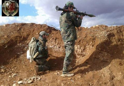 Chiến binh Lữ đoàn Lá chắn Qalamoun trên mặt trận ngoại ô Damascus.