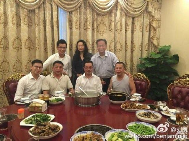 Bữa tiệc thịt tê tê. (Nguồn: shanghaiist.com)