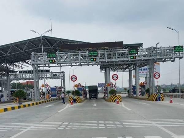 Trạm thu phí đường cao tốc Hà Nội-Bắc Giang được đặt tại Km152+080 địa phận tỉnh Bắc Ninh. (Ảnh: Diễn đàn otofun)