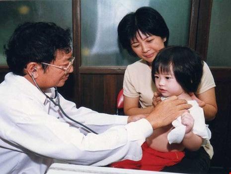 Nhà điều trị đáng tin cậy là người chẩn đoán bệnh một cách toàn diện thay vì đau đâu khám đó.