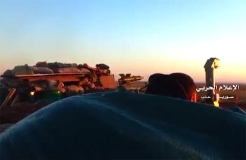 Quân đội Syria phục kích với tên lửa AT-3 Sagger.