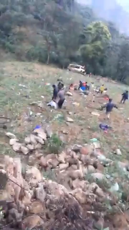 Hiện trường vụ tai nạn nghiêm trọng xảy ra tại Lào Cai.