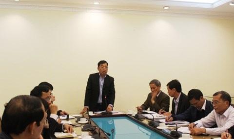 Giám đốc Sở Y tế Hà Nội Nguyễn Khắc Hiền chủ trì buổi họp