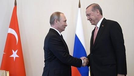 Tổng thống Nga Putin và người đồng cấp Thổ Nhĩ Kỳ Recep Tayip Erdogan.