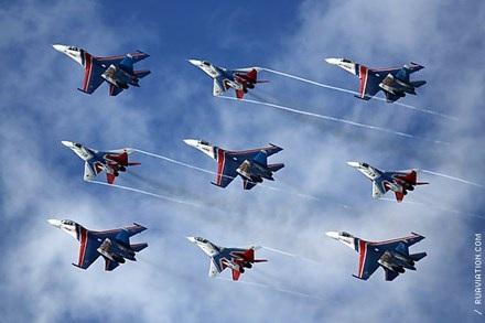 """""""Hiệp sĩ Nga"""" chinh phục bầu trời Malaysia - 1"""