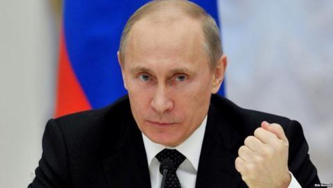 Tổng thống Putin đã chuẩn bị sẵn cuộc chơi chính trị của mình: tìm ổ tham nhũng và biến sự thay đổi nhân sự thành những điều bình thường.