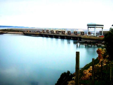 Đập Tabqa nằm trên sông Euphrates, lớn nhất Syria