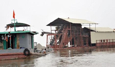 Dự án khai thác cát trên sông Cầu qua huyện Quế Võ (Bắc Ninh) đã tạm dừng.