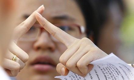 Bộ GD&ĐT cho phép thí sinh nộp hồ sơ đến ngày 20/4. Sau 20/4, thí sinh không được thay đổi số lượng môn thi, bài thi đã chọn. (Ảnh: Hồng Vĩnh)