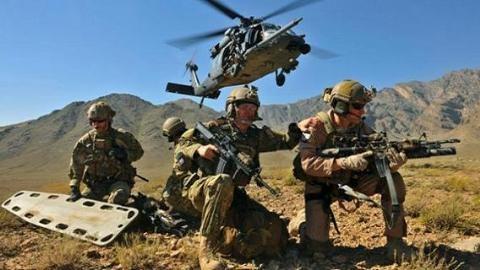 Đặc nhiệm của liên quân Mỹ lại đổ bộ đánh IS ở Deir Ezzor