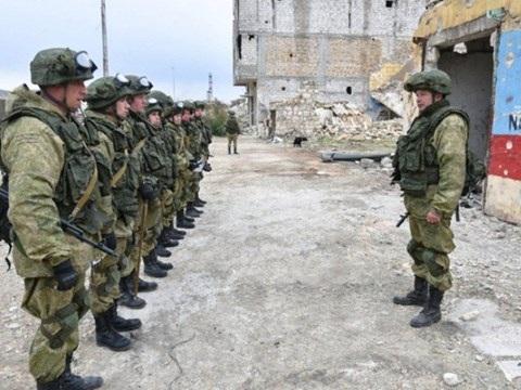 Binh sĩ Nga trên chiến trường Aleppo ở Syria