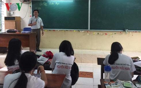 Học sinh ôn tập trước kỳ thi THPT Quốc gia 2017.
