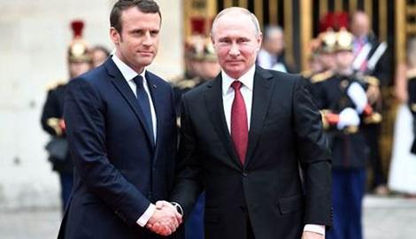 Tổng thống Pháp Macron tiếp Tổng thống Nga Putin tại lâu đài Versailles ngày 29-5.