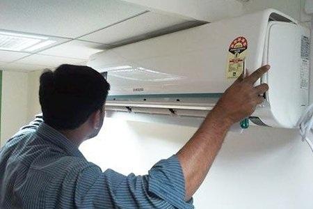Nhiều khách hàng phải trả tiền lắp đặt điều hòa cao gần bằng tiền mua máy điều hòa