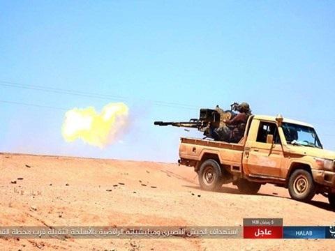 Quân đội Syria nã đạn vào các mục tiêu của IS ở Aleppo