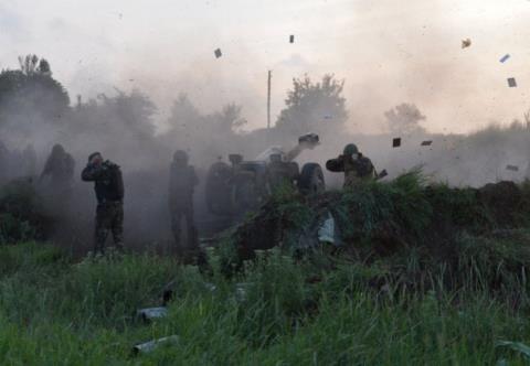 Quân đội Ukraine tiếp tục gặp phải thất bại khi tấn công vào Donbass