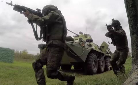 Binh sĩ Nga với bộ quân phục Ratnik.