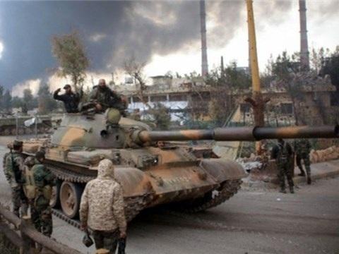 Quân đội Syria dội hỏa lực vào các vị trí của IS ở phía đông tỉnh Homs