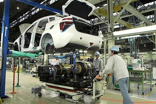 Ô tô sản xuất lắp ráp trong nước có thêm lợi thế cạnh tranh với xe nhập khẩu