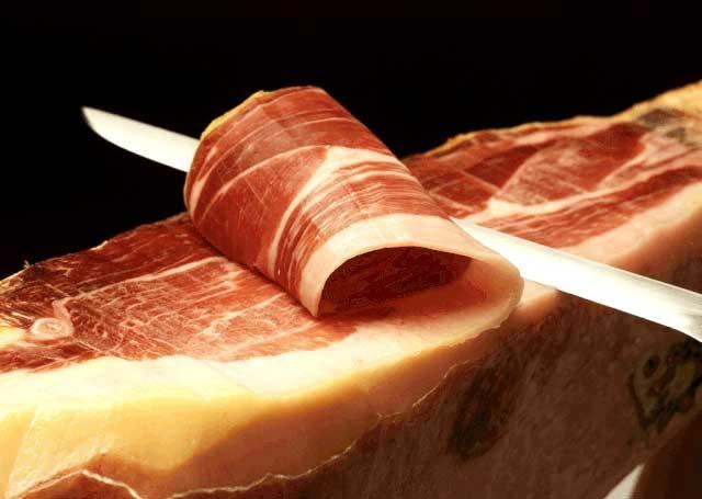 Thịt lợn đen Tây Ban Nha vô cùng đắt đỏ