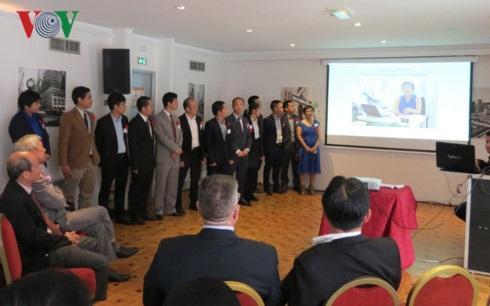 Lễ ra mắt Hiệp hội Các nhà chuyên gia Công nghệ cao gốc Việt tại châu Âu.