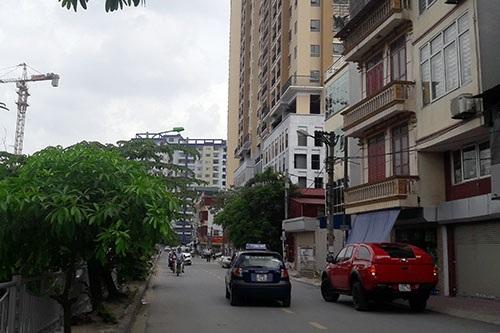 Cuối con phố nhỏ Định Công (giáp KĐT mới Linh Đàm), 2 dự án chung cư đang đi vào hoàn hiện để đón cư dân mới.