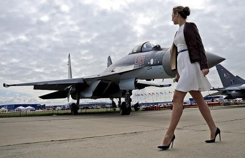 Nga sẽ đào tạo nữ phi công quân sự