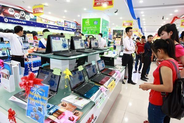 Trần Anh bán mình cho Thế giới Di động
