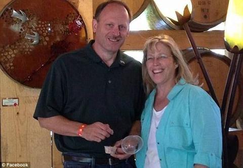 Vợ chồng ông bà Dale và Debra Kerin