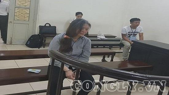 Bị cáo Lê Minh Hiền ân hận, khóc lóc khi HĐXX bước vào phòng nghị án