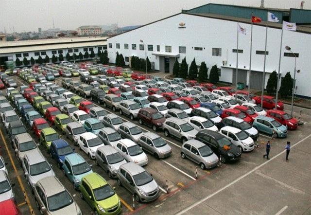 Doanh số bán ô tô những tháng đầu năm giảm được cho là do tâm lý chờ đợi giá giảm của người mua.