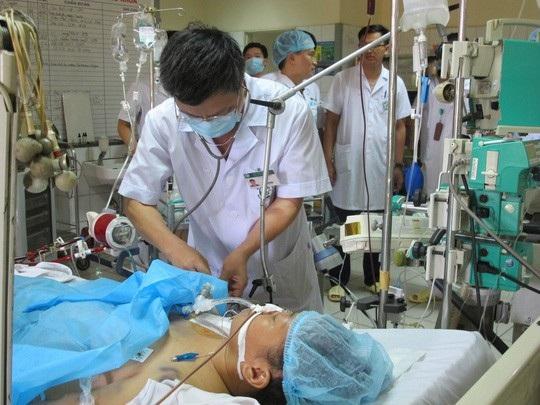 Gia đình 8 bệnh nhân chạy thận tử vong kêu cứu Bộ trưởng Nguyễn Thị Kim Tiến - 1