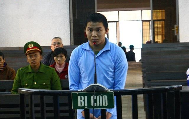 Bị cáo Tuấn trước tòa