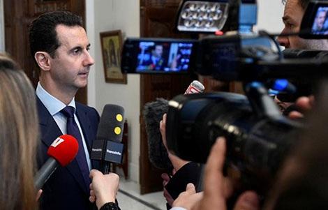 Tổng thống Syria Bachar al Assad trả lời truyền thông Pháp tại Damascus ngày 8-1-2017.