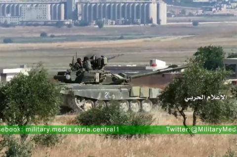 Chiếc T-90A vẫn chạy tốt sau khi bị tên lửa TOW tấn công.