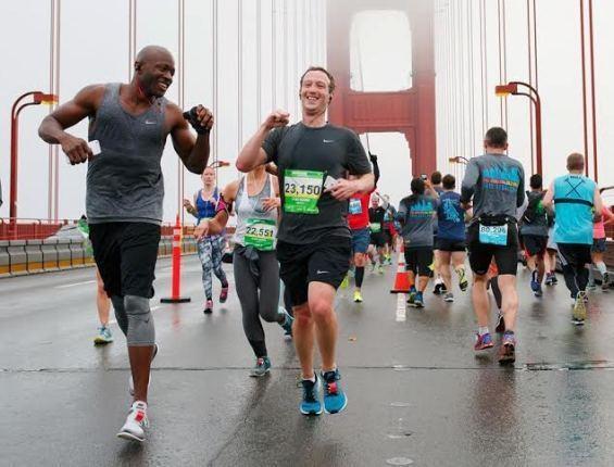 Mark Zuckerberg - CEO của Facebook là một người rất thích chạy bộ.