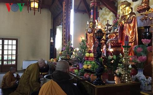 Lễ cầu an tại Trúc lâm thiền viện.