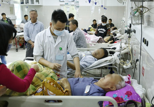 Tại Bệnh viện Bạch Mai cũng tiếp nhận nhiều ca cấp cứu do xuất huyết tiêu hoá, đột quỵ