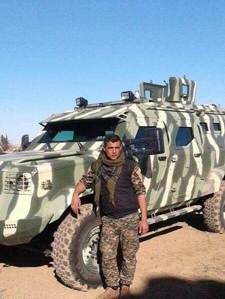 Lực lượng người Kurd ở Syria vừa nhận được xe bọc thép mới của Mỹ