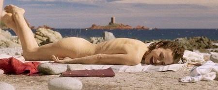 Natalie Portman táo bạo nude trong một cảnh phim