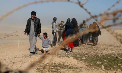 Những người dân di tản khỏi Mosul