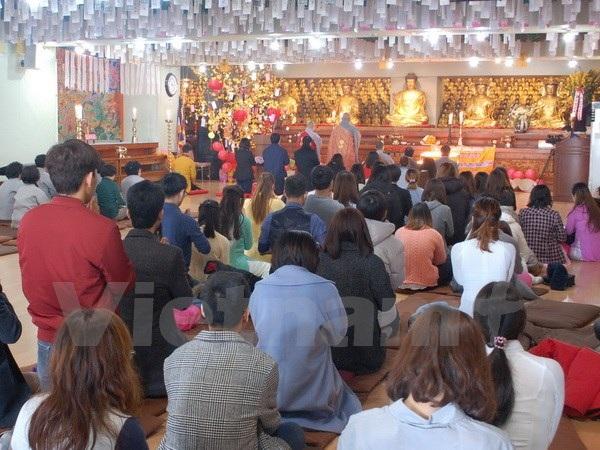 Quang cảnh buổi cầu nguyện. (Ảnh: PV/Vietnam+)