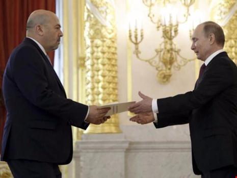 Đại sứ Israel tại Nga bị triệu tập gấp sau vụ không kích vào sân bay T4.