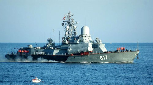 Tàu hộ vệ tên lửa Mirazh thuộc Hạm đội Biển Đen ở Sevastopol. Ảnh: Sputnik