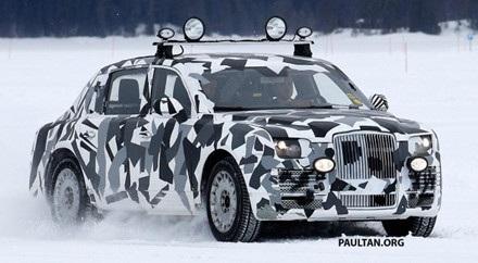 Lộ diện những bức ảnh đầu tiên siêu xe bí mật của ông Putin - 2
