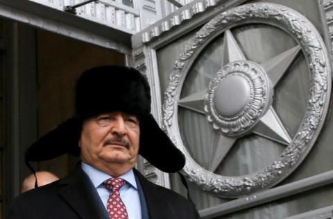 Khi tướng Khalid Haftar trở thành rào cản cho tiến trình chính trị tại Libya, Moscow sẽ không mạo hiểm chỉ nắm giữ duy nhất quân cờ này để có thể mất cả chì lẫn chài