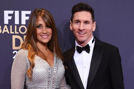 Messi đã định ngày lấy vợ