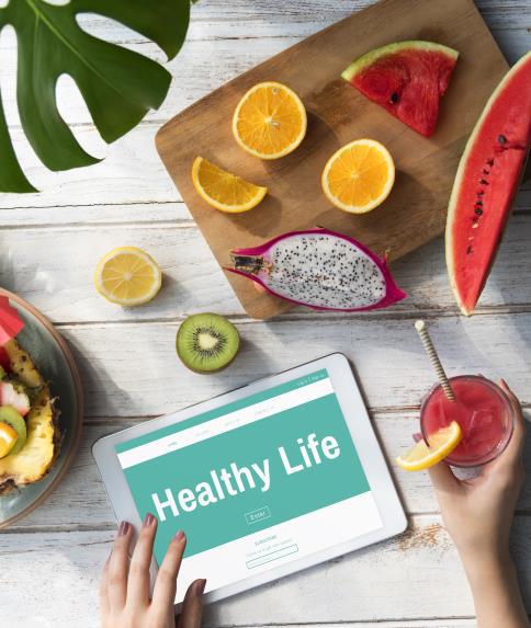 Trong rau, củ, quả có nhiều vitamin và chất xơ hỗ trợ tiêu hóa và giúp tối ưu hóa một số chức năng quan trọng của cơ thể